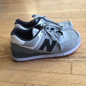 New Balance sneakers 574 grey/pink sole size 40